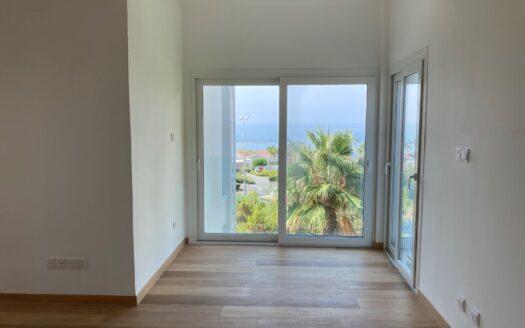 2 Bedroom apartment in Parekklisia sea front for sale