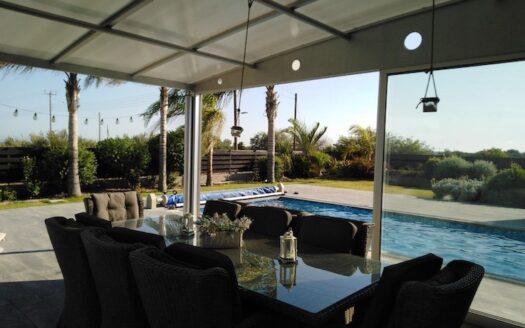 Stunning 4 bedroom house for sale in Ypsonas