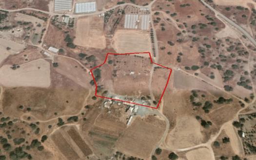 Large piece of Land in Pareklisia