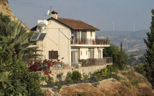 Pissouri 3 Bed Villa with Stunning Views