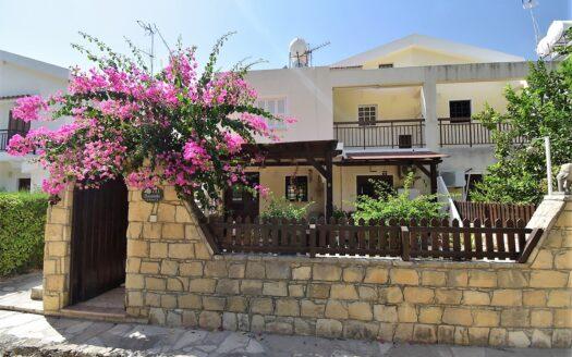 Pissouri Bay - A beautiful 2 bed garden apartment