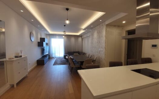 3 bedroom apartment for rent oposite the sea