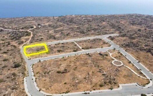 Corner plot for sale in Pissouri