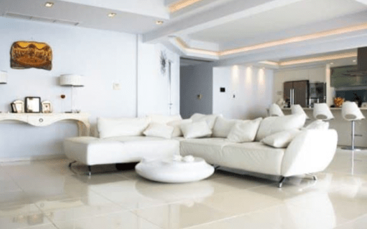 Sea front 3 bedroom apartment for rent