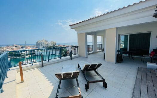 Exclusive 3 bedroom penthouse in Limassol Marina